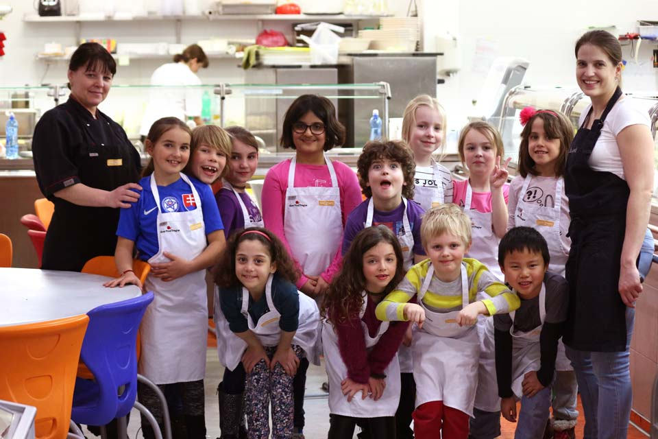 Children ready for cooking